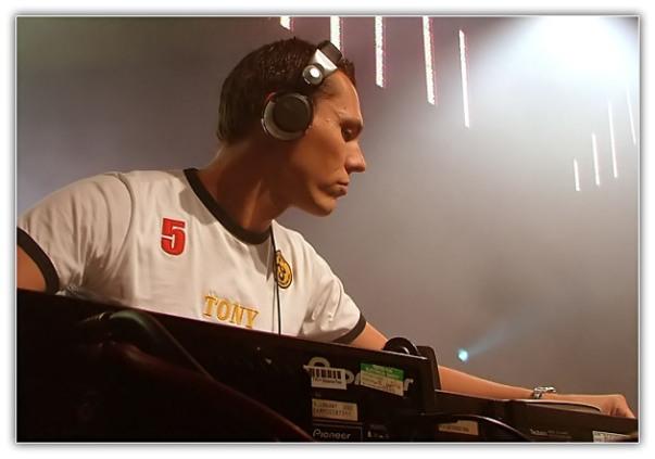 DJ Tiesto - Club Life 115