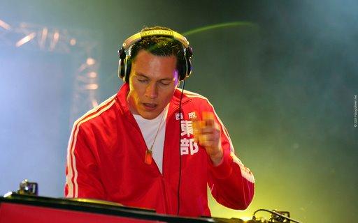 DJ Tiesto - Club Life 321
