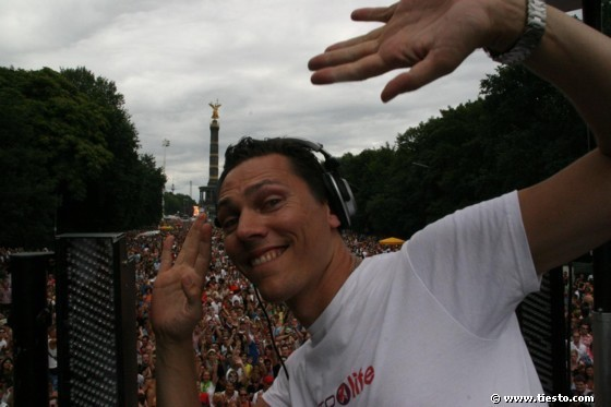 DJ Tiesto - Club Life 109