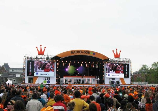 DJ Tiesto Club Life 111 LIVE from Queensday, Amsterdam (NL)