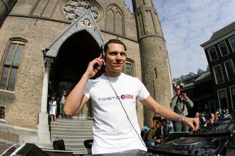 DJ Tiesto - Club Life 134
