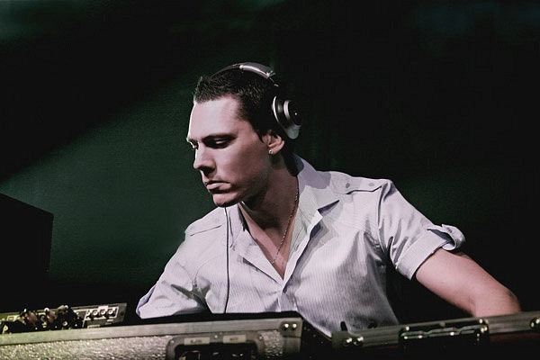 DJ Tiesto - Club Life 360