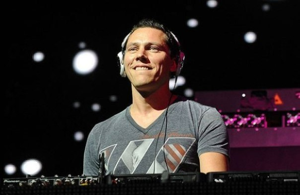 DJ Tiesto - Club Life Episode 370