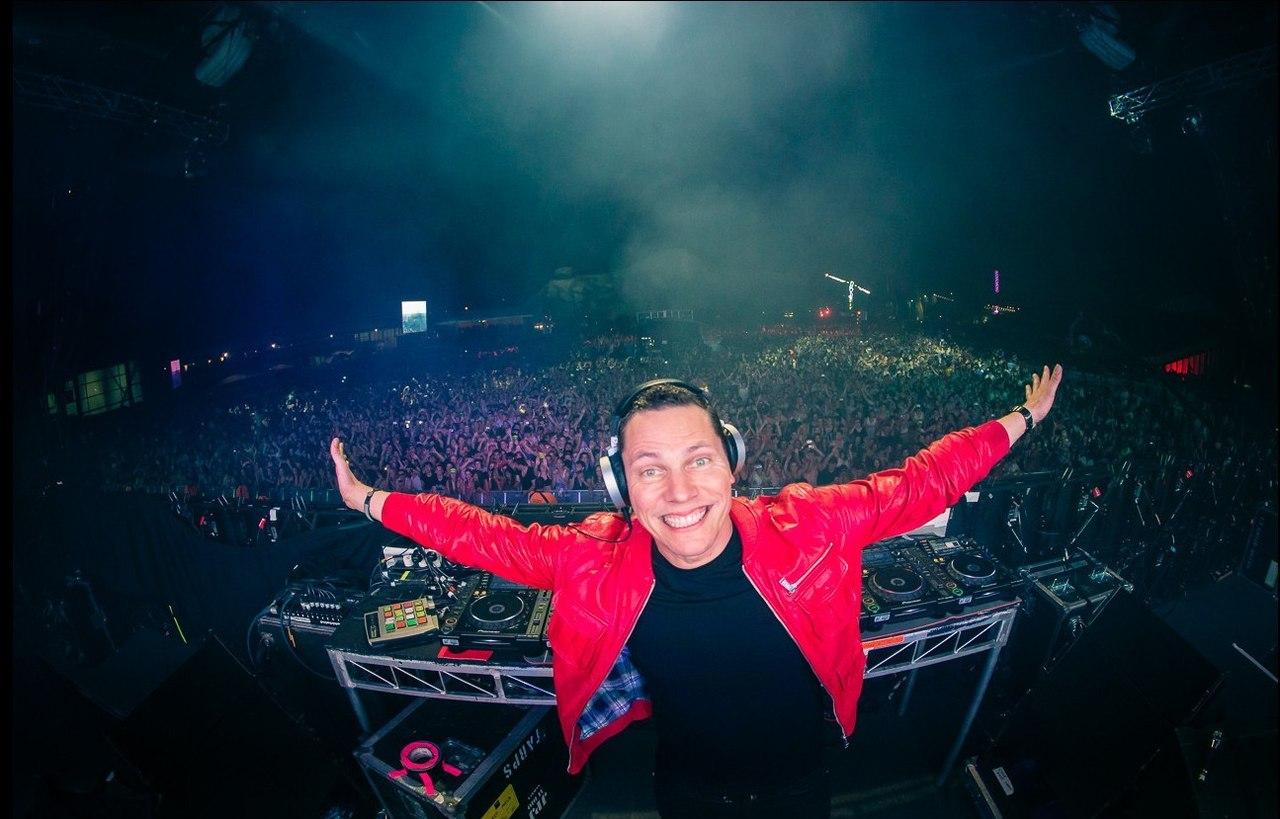 DJ Tiesto Club Life 374
