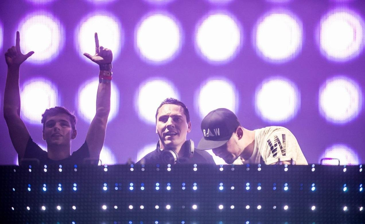 DJ Tiesto – Club Life 390 (21-09-2014) 1 hora de música!! #ClubLife390 - Mundo Nerd Info