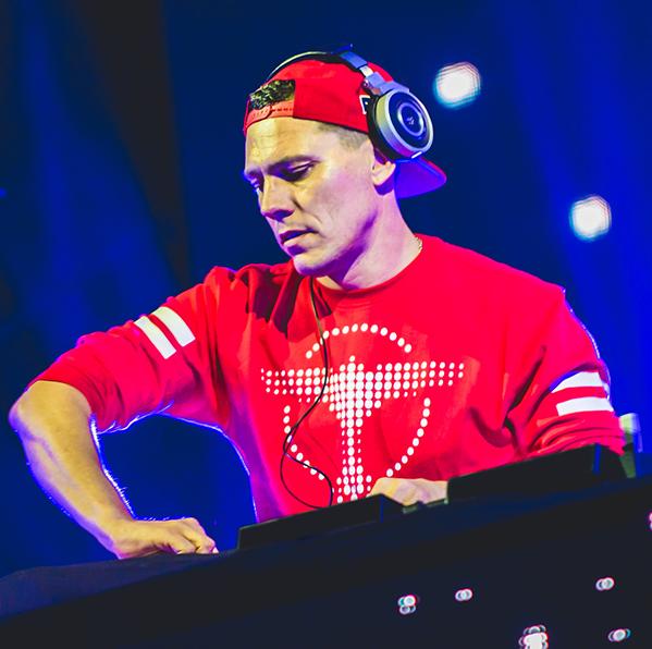 DJ Tiesto – Club Life 394